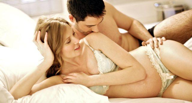 Можно ли заниматься сексом в период беременности