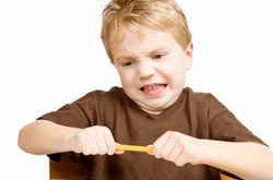 Ребенок злится
