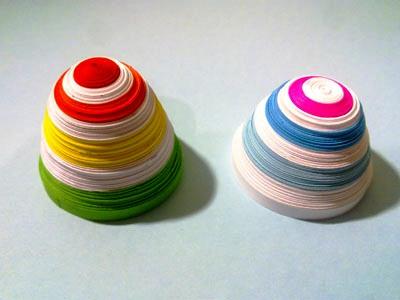 Яйцо в технике квиллинг
