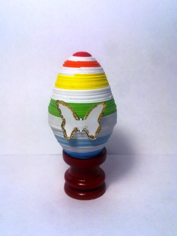 Пасхальное яйцо в стиле квиллинг
