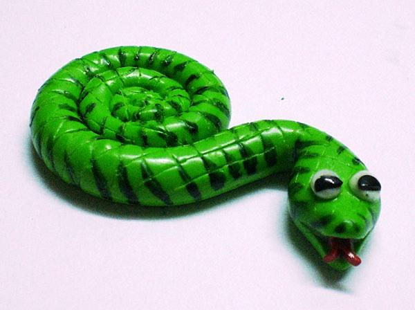 Магнит змейка