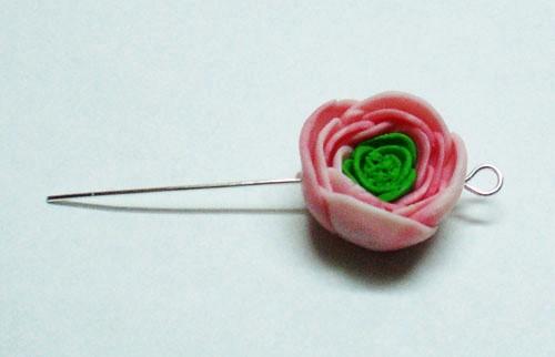 Цветок из полимерки