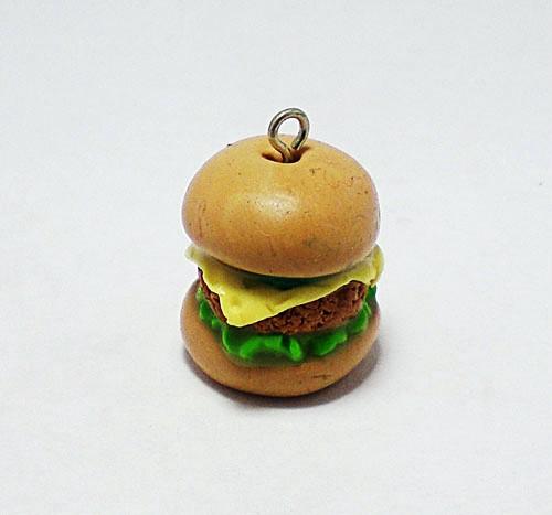 Гамбургер из пластики